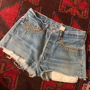 ‼️$20 SALE‼️ VTG Studded Levi's 501 Denim Cutoffs